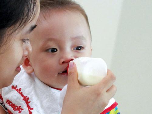 Trẻ dị ứng sữa: chậm chữa là nguy! - 1