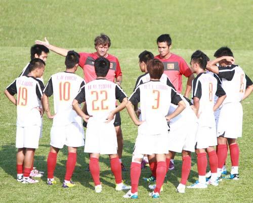 Chiều nay, U23 Việt Nam – U23 Brunei: Xả súng - 1
