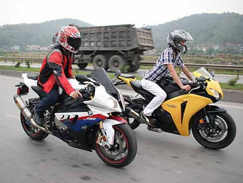 Dàn mô tô 'khủng' lướt trên đường phố Hạ Long - 10