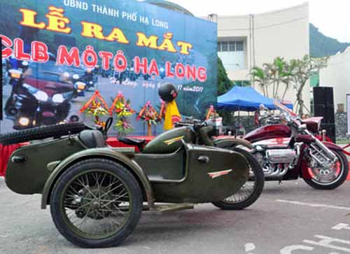 Dàn mô tô 'khủng' lướt trên đường phố Hạ Long - 9