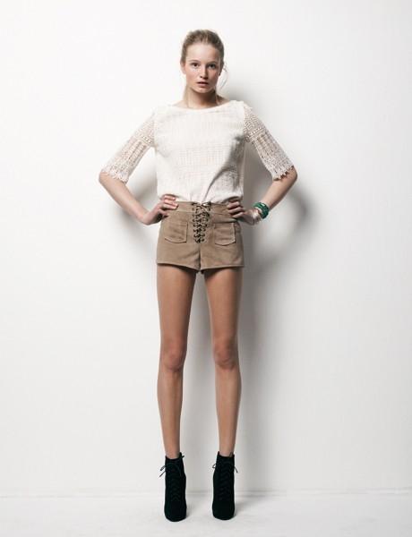 9 bước chọn quần áo cho nàng chân ngắn - 5