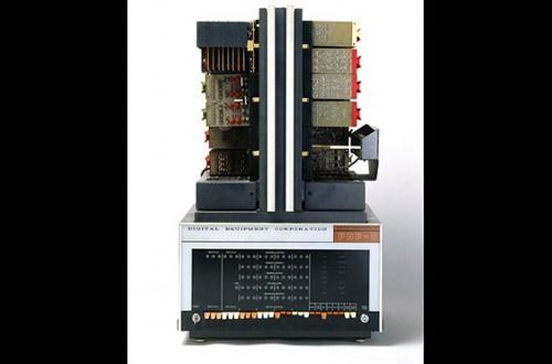 Ngắm nhìn những chiếc máy tính đầu tiên trên thế giới - 6