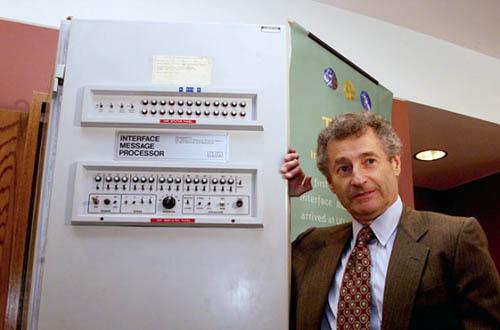 Ngắm nhìn những chiếc máy tính đầu tiên trên thế giới - 7