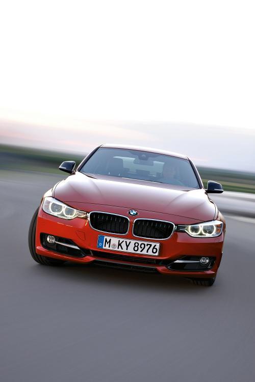 Báo giá BMW 3-Series 2012 - 7