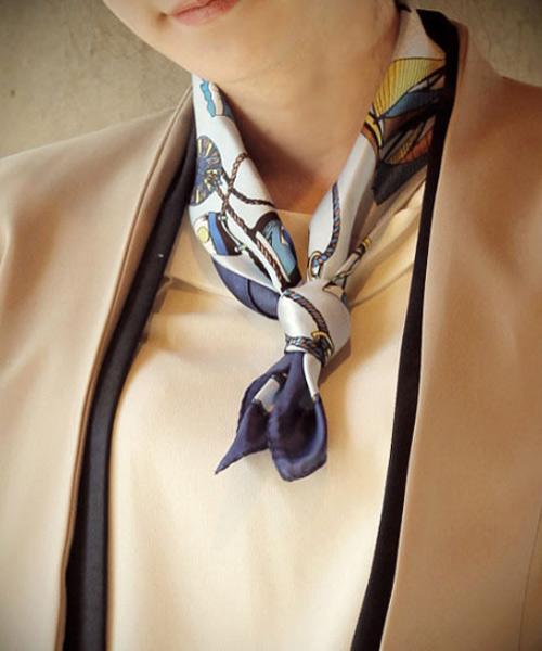 Tư vấn: Mặc đẹp hơn với khăn quàng cổ - 2