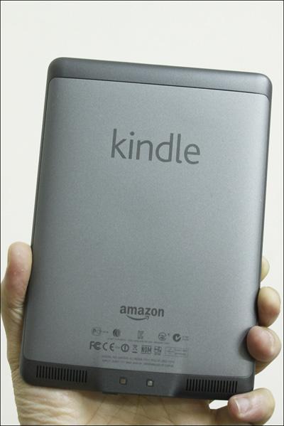 Trên tay máy đọc sách Kindle Touch tại Việt Nam - 3