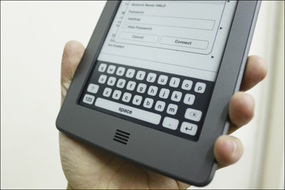 Trên tay máy đọc sách Kindle Touch tại Việt Nam - 15