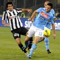 Napoli - Juventus: Đôi công