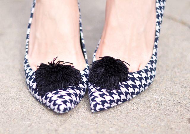 Cách biến giày cao gót cũ thành mới - 1