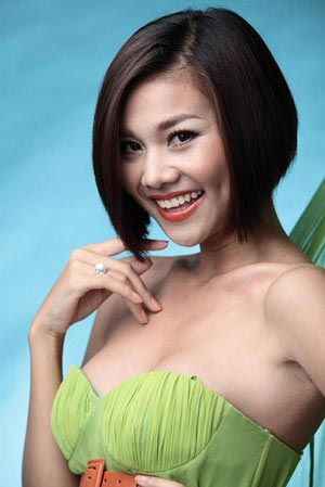 Mỹ nhân Việt đẹp nhờ dao kéo?! - 7