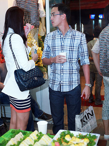 5 cặp đôi mặc đẹp của showbiz Việt 2011 - 5