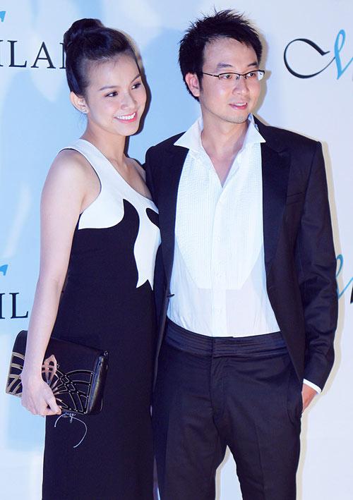 5 cặp đôi mặc đẹp của showbiz Việt 2011 - 13