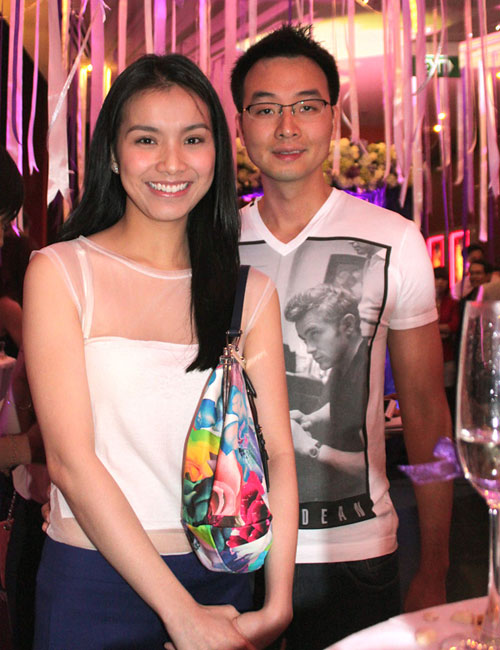 5 cặp đôi mặc đẹp của showbiz Việt 2011 - 14