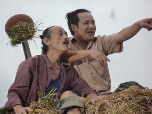 Ngày Tết, Văn Hiệp đóng cửa viết phim hài - 4