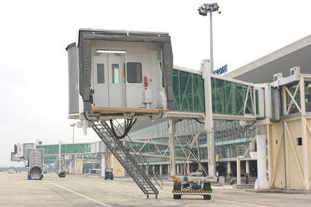 Sân bay quốc tế Đà Nẵng chính thức hoạt động - 3