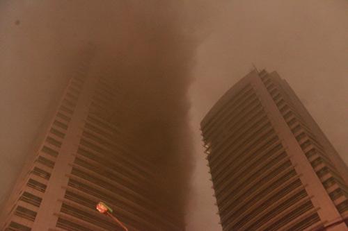 Chùm ảnh vụ cháy tòa nhà EVN - 6