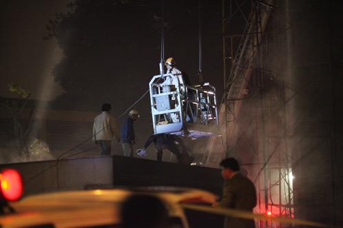 Chùm ảnh vụ cháy tòa nhà EVN - 15