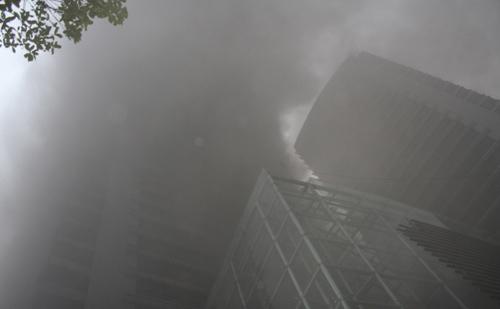 Chùm ảnh vụ cháy tòa nhà EVN - 3