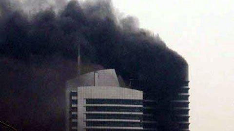 Chùm ảnh vụ cháy tòa nhà EVN - 5