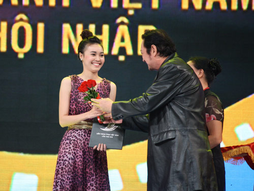 Bất thường giải thưởng LHP Việt Nam 17 - 1