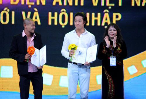 Bất thường giải thưởng LHP Việt Nam 17 - 4