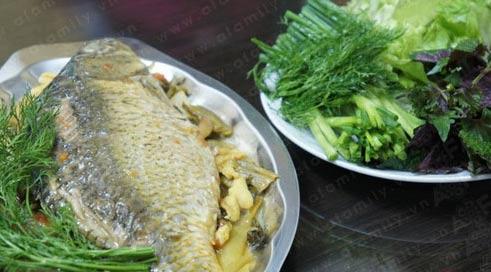 Cá chép om dưa: Ăn nhiều không ngán - 12