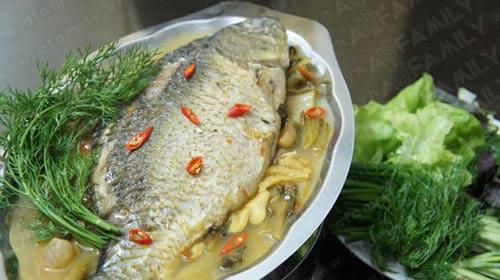 Cá chép om dưa: Ăn nhiều không ngán - 13