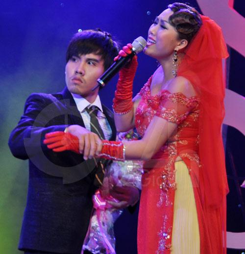Phi Thanh Vân ngượng mặt với Bảo Thy - 13