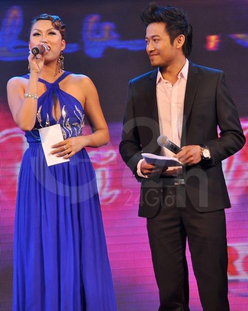 Phi Thanh Vân ngượng mặt với Bảo Thy - 1