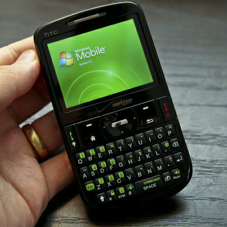 Blackberry, HTC, iPhone! giảm giá sốc - Đón chào năm mới - 2