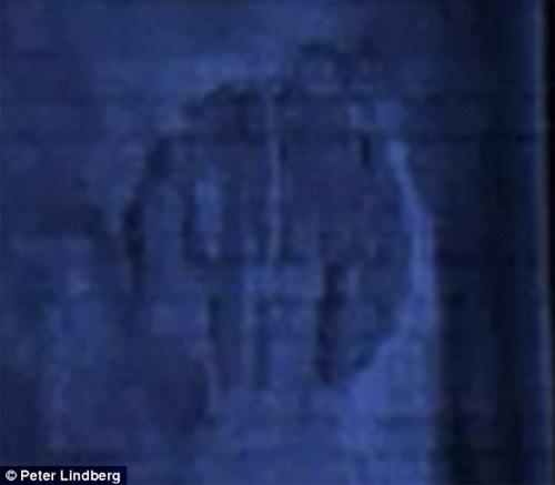 2001 và những bí ẩn về người ngoài hành tinh, UFO - 2