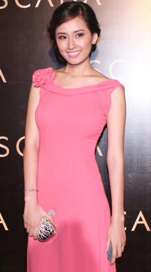 2011: Mai Phương Thúy dính sao quả tạ!, Thời trang, mai phuong thuy, hoa hau, va mieng, phat ngon, su co, scandal thoi trang viet,