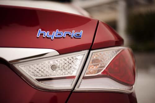 Hyundai Sonata Hybrid costs $ 26,610, Cars - Motorcycles, 2012 Hyundai Sonata Hybrid, Hyundai 2012 Sonata Hybrid, Hyundai, 2012 Sonata Hybrid, Hyundai Sonata Hybrid in 2012, his 2012 Hyundai Sonata Hybrid, Hyundai Sonata Hybrid in 2012, the mat 2012 Hyundai Sonata Hybrid, o to, how