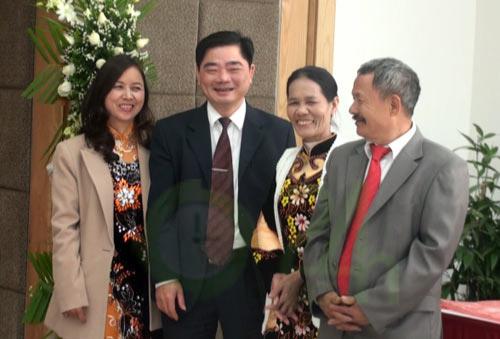 Bầu Kiên mừng đám cưới Thành Lương - 2