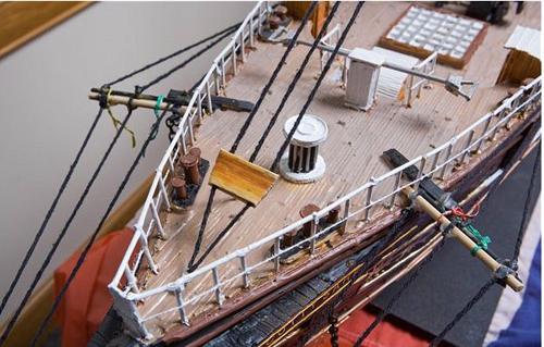 Mô hình tàu thủy làm từ 1 triệu chiếc tăm - 7