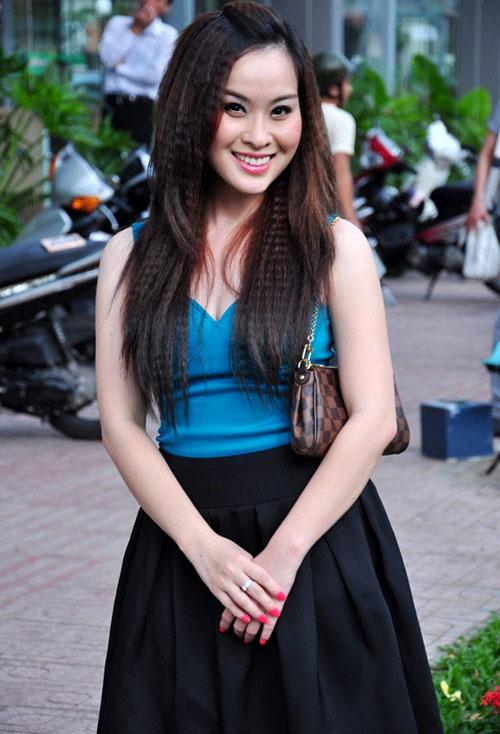 Sao Việt ngọt ngào, dữ dội với tóc xù mì - 6