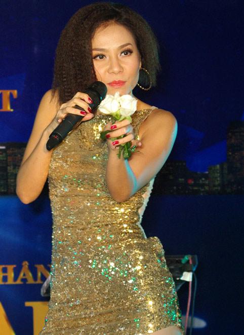 Sao Việt ngọt ngào, dữ dội với tóc xù mì - 13