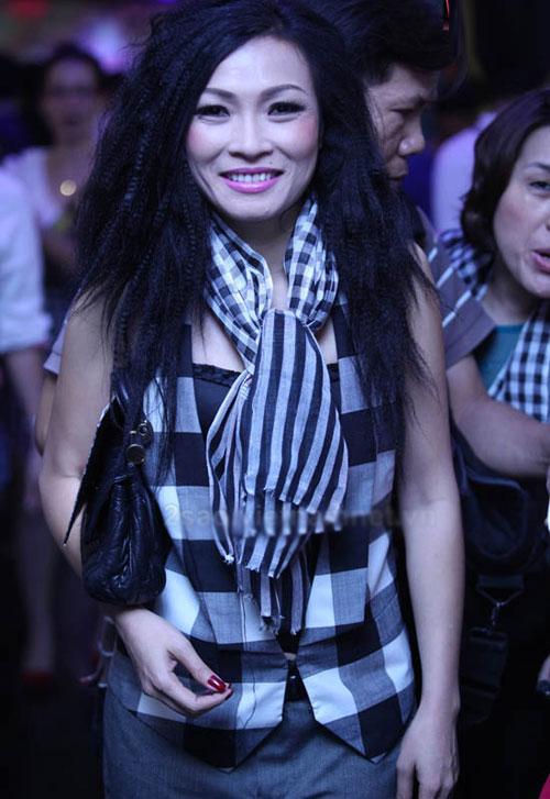 Sao Việt ngọt ngào, dữ dội với tóc xù mì - 16