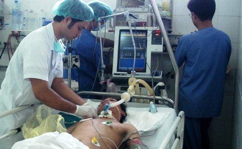 Năm 2011, ngành y tế nóng chuyện y đức - 1