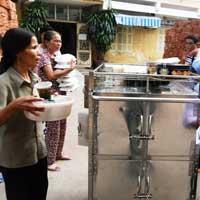 BV Bạch Mai bị tố ép bệnh nhân mua cơm
