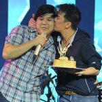 Ca nhạc - MTV - Mr. Đàm hôn Gia Bảo ngày sinh nhật