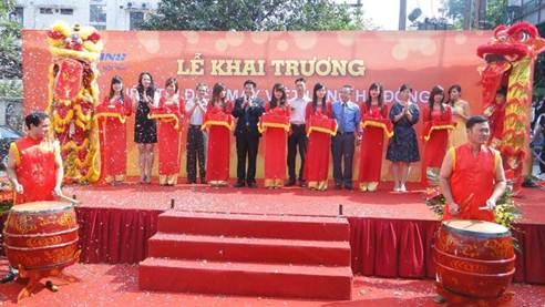 Việt Long khai trương hệ thống siêu thị Điện máy - 1