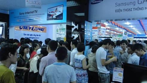Việt Long khai trương hệ thống siêu thị Điện máy - 3