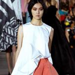 Thời trang - Dấu ấn văn hóa Nhật ở sàn catwalk Paris