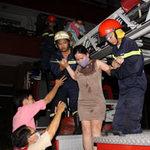 Tin tức trong ngày - TPHCM: Cháy chung cư 25 tầng, dân hoảng loạn
