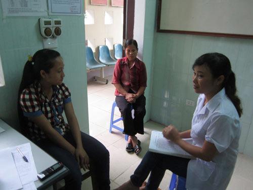 Bảo hiểm y tế: Thủ tục rườm rà - 1