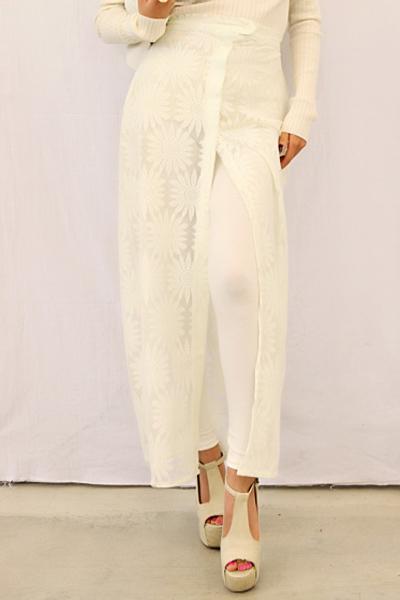 Cập nhật 5 mẫu váy ren mốt nhất thu - 8