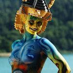 Phi thường - kỳ quặc - Kỳ thú những hình vẽ trên cơ thể nude