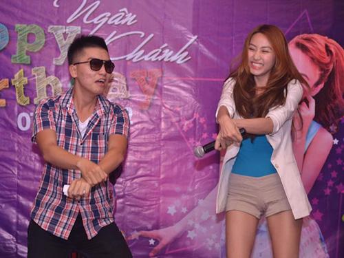 Ngân Khánh cười thả ga với Gangnam Style - 2