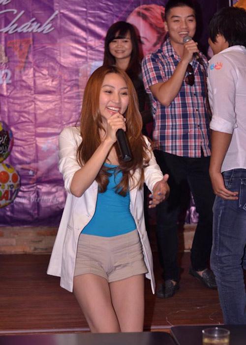 Ngân Khánh cười thả ga với Gangnam Style - 7